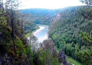 Река Кия летом